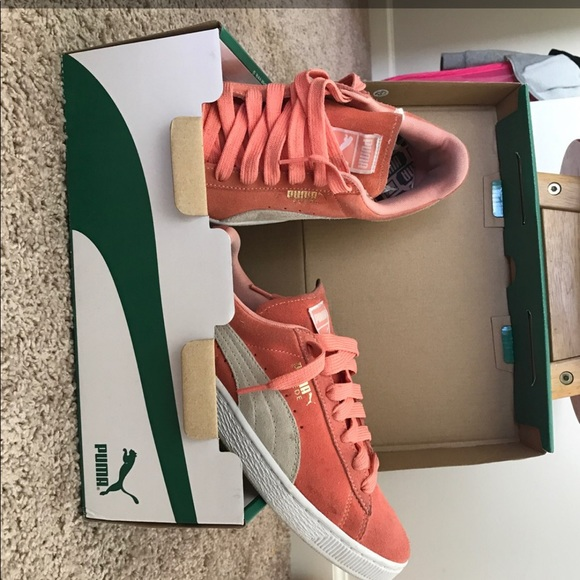 Puma Shoes | Salmon Pink Suede Classic